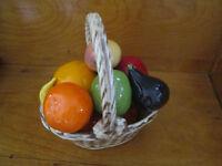 Plat de fruits en poterie fait au Québec…en parfaite condition