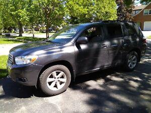 2009 Toyota Highlander SUV, Crossover