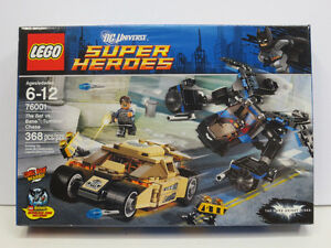 Lego Batman The Bat vs. Bane Tumbler Chase 76001