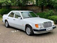 1992 Mercedes-Benz E Class 300 E Auto 300 E Saloon Petrol Automatic