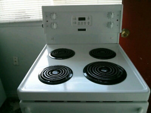 "DIGITAL FUNCTION 24""STOVE WHITE ELECTRIC FRIGIDAIRE"