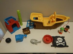 MEGA BLOCKS PIRATE SHIP Peterborough Peterborough Area image 2