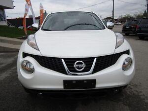 2013 Nissan JUKE SV   NAVIGATION, LEATHER, ROOF, HEATED SEATS!