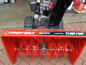 "Troy Built Snow King 30"" 11hp Tecumseh Snowblower 7/10 Condition"
