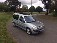 This BERLINGO has a Full Length Sunroof, has Just been serviced and is ready to drive home today.
