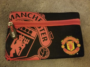 Manchester United items