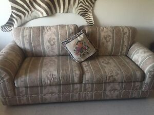 Couch like new