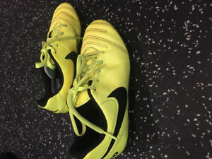 Nike soccer cleats (yellow)