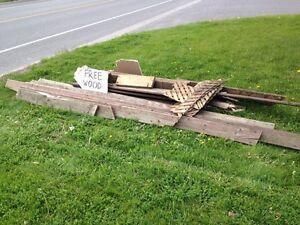 MORE Free Deck Lumber / Wood for Pick Up in Courtice