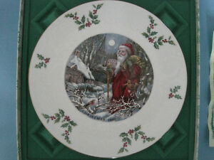 Royal Doulton Christmas 1980 Collector Plate