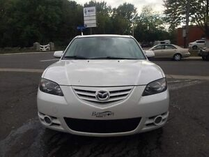 2006 Mazda 3 ** CUIR TOIT OUVRANT ** MAGS FULL EQUIPED