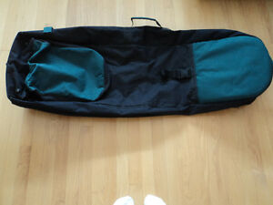GOLF TRAVEL BAG DELUXE  WITH WHEELS