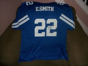 AUTOGRAPHED FOOTBALL JERSEYS Windsor Region Ontario image 1
