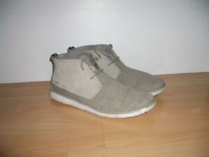 """"" UGG """" soft sneakers / chaussures - size 10-10.5 US men"