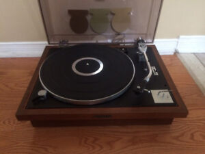 Vintage Pioneer PL-25 idler drive turntable, Reduced !