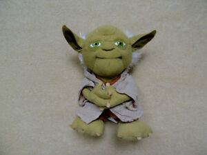 Plush Star Wars Stuffed Talking Yoda.9 inch Star Wars Plush Stu