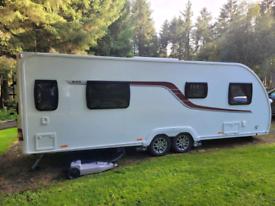 2017 Swift Challenger 4 bergh Caravan fixed island bed, twin axle,