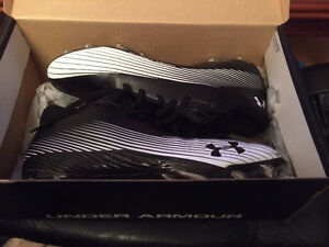 2015 SIZE 11 Under Armor Speed Football cleats