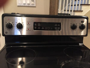 GE Stove electric glass top