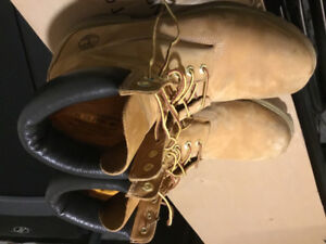 Mens shoes brand name hardly used $30