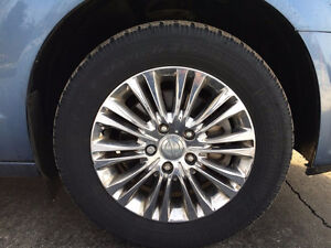 Chrysler Town & Country Snow tire/wheel package P215/65R17