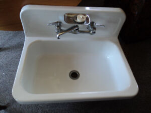 Antique Cast Iron Porcelain Sink, Farmers Sink, Country Kitchen