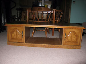 Coffee and end tables,matching set