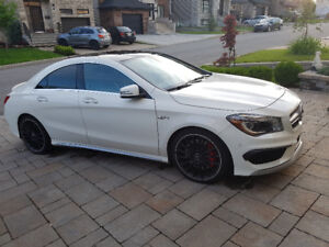 Mercedes Benz AMG CLA 45 (4-Matic)