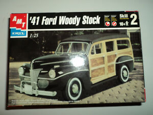 Model Kit - 1941 Ford Woody Stock