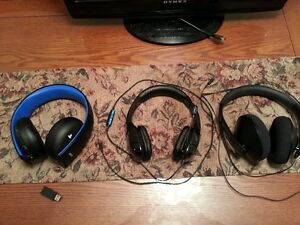 PLAYSTATION PS4 THE HEADSETS (WIRED & WIRELESS)