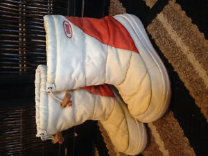 Size 2 Girls Winter boots