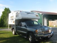 Truck Camper Overhead 8 feet Mint Condition
