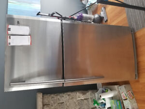 FREE stainless steel fridge (runs but doesn't cool)