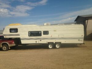 1992 30ft 5th Wheel Salem RV Trailer