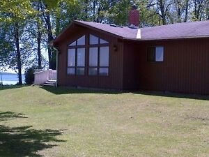 Lake Front Cottage for rent - Lake Couchiching Orillia