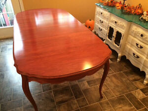 Fully restored antique table with 6 refinished chairs