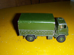 ARMY WAGON TRUCK-DINKY TOYS-MECCANO-ENGLAND-VINTAGE!