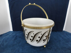 MID MODERN OPAL ICE BUCKET  WITH GOLD PATTERN AND HOLDER