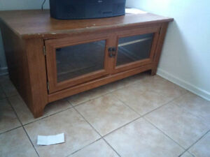 Free TV and TV Stand
