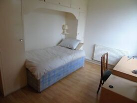 Single Room to Let, Quiet Student, Central Location
