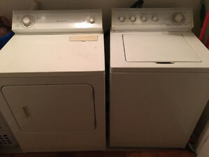 Whirpool Washer / Dryer Laveuse/Secheuse