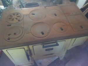 old cooking wood stove