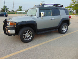 2011 Toyota FJ Cruiser Adventure Package - SUV, Crossover