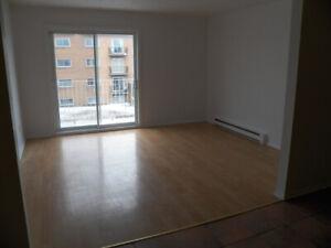 Appartement a louer - 4 1/2 - Longueuil