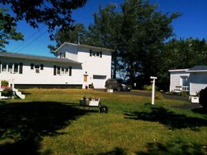 Waterfront house at Charlo,NB/Maison bord de mer à Charlo,NB