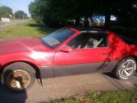 1985 Pontiac Firebird Coupé (2 portes)