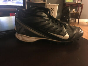 Youth Size 5 Nike Football cleats