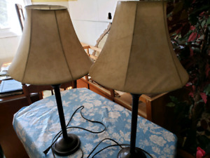 Sets of 2 lamps 30$