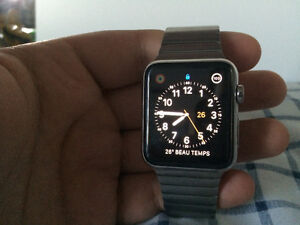 Apple Watch 42 mm Stainless Neuve