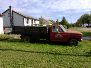 1986 Ford F250 1 Ton with Dump Box